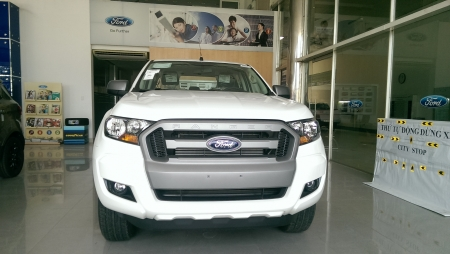 Ford Ranger XLS 2.2L 4X2 MT